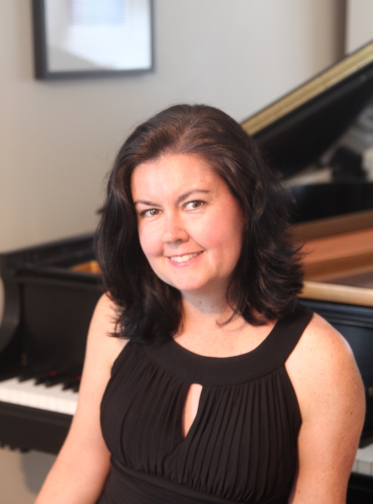 Lisa Raposa, pianist